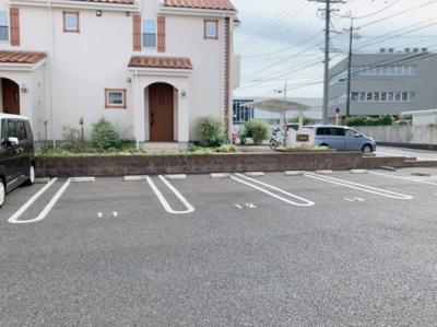 【駐車場】アンティーブ