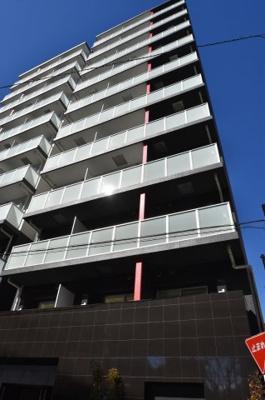 石川町駅徒歩4分のマンションです。