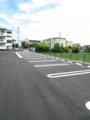【駐車場】フォー シュラインB