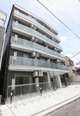 阪東橋駅徒歩9分のマンションです