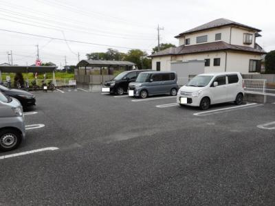 【駐車場】セレーノ並木弐番館