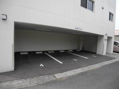 【駐車場】エレガンテ・F