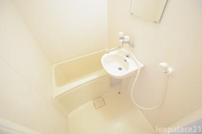 【浴室】レオパレス千原