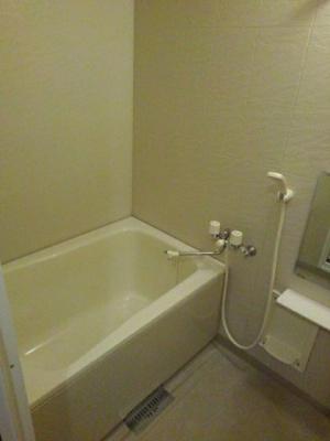 【浴室】ヴィヴァン B