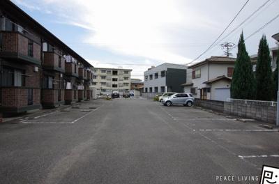 【駐車場】サニーガーデンA棟