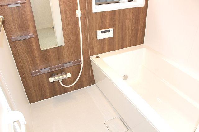 【浴室】早良区小田部1丁目戸建