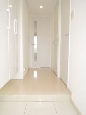 【玄関】パークアクシス三宿 ファミリー向け ペット相談可 浴室乾燥機