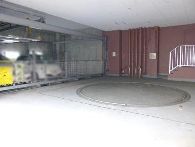 【駐車場】パークアクシス三宿 ファミリー向け ペット相談可 浴室乾燥機