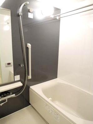 【浴室】パークアクシス三宿 ファミリー向け ペット相談可 浴室乾燥機