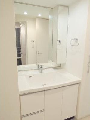 【洗面所】パークアクシス三宿 ファミリー向け ペット相談可 浴室乾燥機