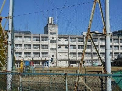 堺市立中百舌鳥小学校 289m