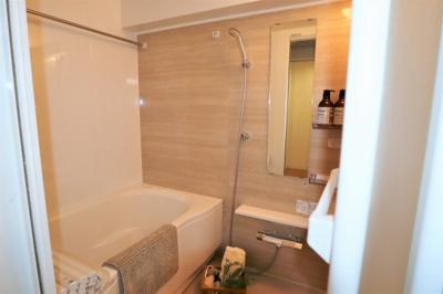 ゆっくりできる浴室 ユニットバス(浴室乾燥機付)新調いたしました♪
