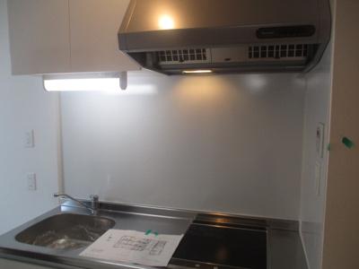 【キッチン】ラ・セーヌ安立