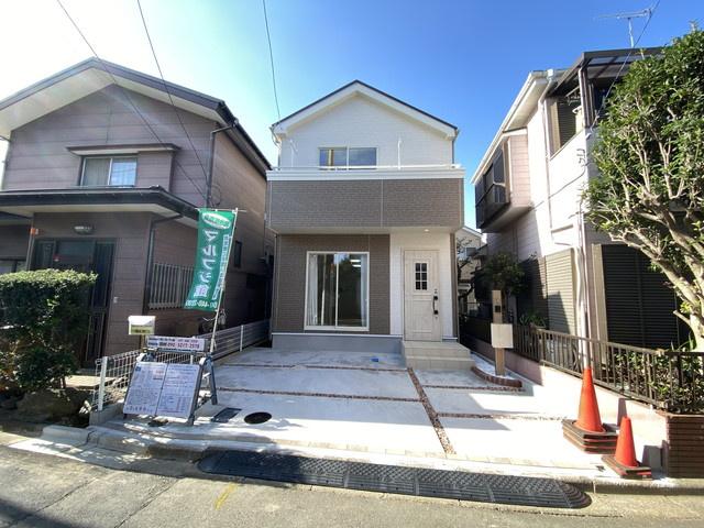 新京成線「滝不動」駅徒歩12分の全1棟の新築一戸建てです。