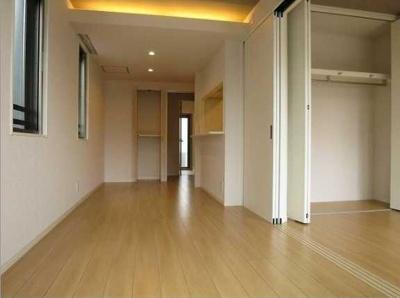【居間・リビング】MARI'S Apartment ネット無料 2人入居可 オートロック