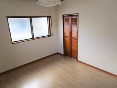 2階洋室5.8帖です