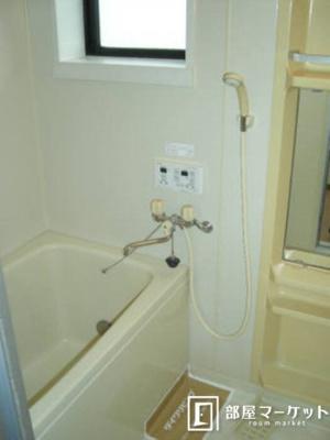 【浴室】ラ・ヴェルディ A棟