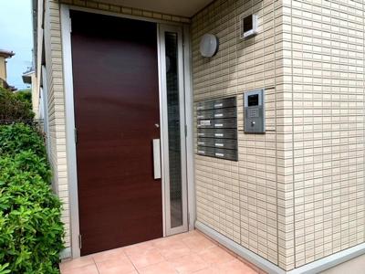 【エントランス】スカイコート津久野