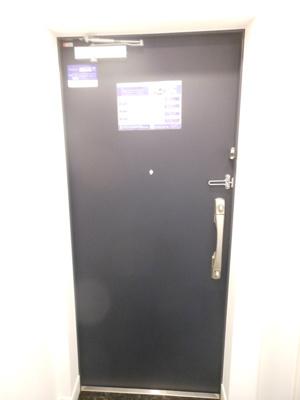 【その他】レジディア三軒茶屋Ⅲ 築浅 トランクルーム 独立洗面台