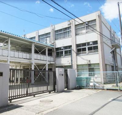 新堂小学校
