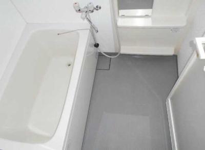 【浴室】クレンティア三軒茶屋 オートロック 独立洗面台 宅配BOX
