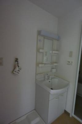 ※イメージ ゆったりとスペースのある洗面所