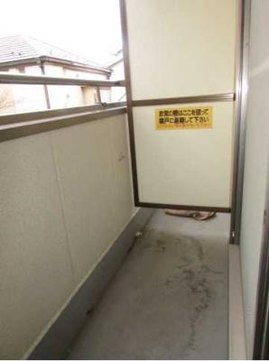 【バルコニー】安藤ホームズ バストイレ別 駅近 室内洗濯機置場
