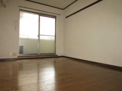 【居間・リビング】安藤ホームズ バストイレ別 駅近 室内洗濯機置場