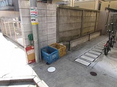 【その他】K2三軒茶屋 駅近 バストイレ別 室内洗濯機置場 オートロック