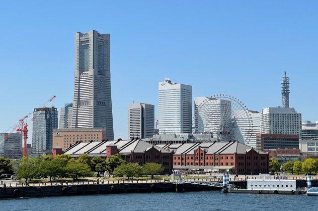 みなとみらい(車で約13分) 横浜一の観光スポット。ランドマークタワー、赤レンガ倉庫、コスモワールド、アンパンマンこどもミュージアムなどがあります。