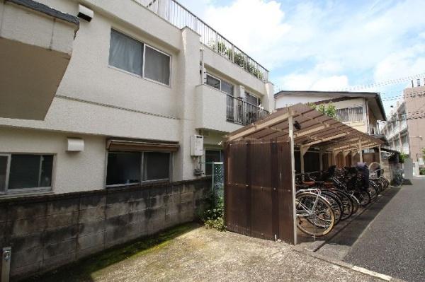 【駐輪場】マンション上北沢