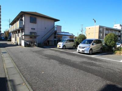 屋根付き駐輪場あり!
