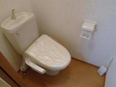 温水洗浄便座付き!