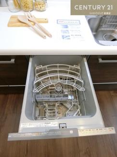 【キッチン】高槻阿武山二番街203号棟