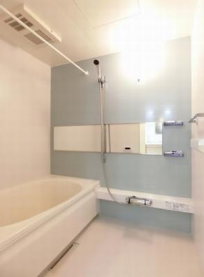 浴室乾燥機 追焚機能付給湯 ※102の写真です