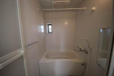 【浴室】シャーメゾン北出島