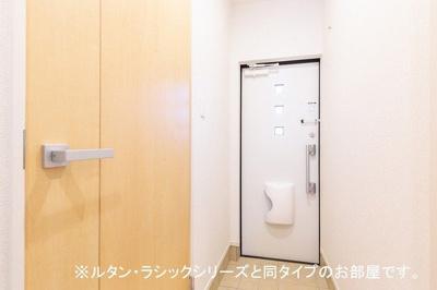 【玄関】ピアチェーレ 六本松