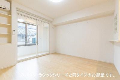 【居間・リビング】ピアチェーレ 六本松