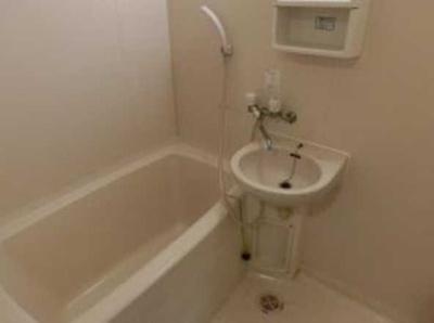 【浴室】メゾンGO バストイレ別 室内洗濯機置場 オートロック