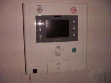 【セキュリティ】グラシュー・1 2面採光 浴室乾燥機 追炊 オートロック