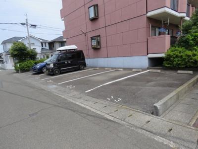 【駐車場】シャルマンkogawa