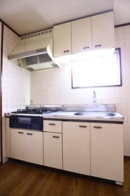 【キッチン】ファーストハウス