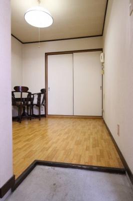 【玄関】ヨコノビル