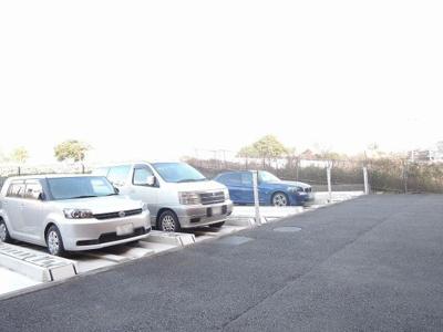 駐輪場機械式駐車場です。