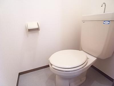 トイレも白くてキレイ☆