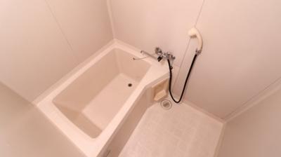 【浴室】フレグランス西脇B