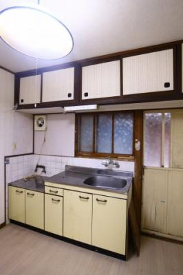 【キッチン】泉が丘5丁目戸建