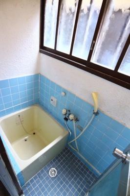 【浴室】泉が丘5丁目戸建