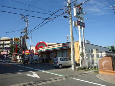セブンイレブン堺上野芝町3丁店まで647m