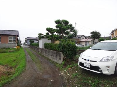 以前の前面道路含む現地写真です(7月11日撮影)